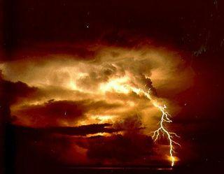 Lightning8_-_NOAA