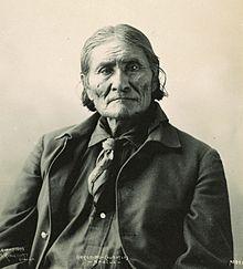 220px-GeronimoRinehart